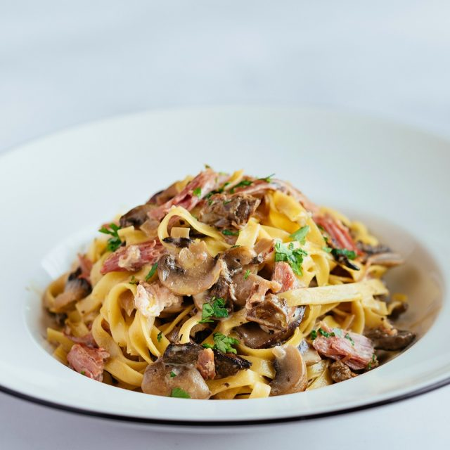 Any mushroom fans out there? Or should we say Fun-guys?! The brand new Ham Hock con Salsa di Funghi is now serving in-store and for delivery/takeaway. Give it a go, and don't forget to let us know how it tastes!  #PizzaExpressCyprus #PizzaExpress #NewMenu #pasta #restaurants #Limassol #Paphos